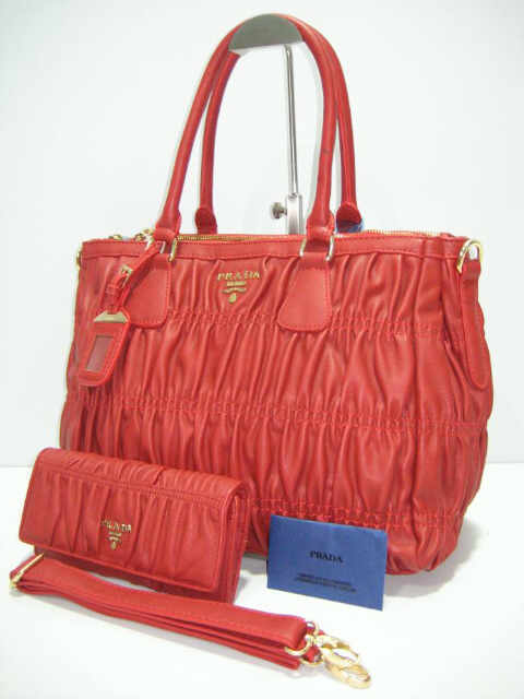 Tas Prada Safiano Gaufre 1150 Set (kode PRA051) Merah