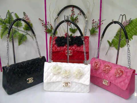 Tas Chanel Jelly Bunga Kecil (kode CHA006) Hitam Merah Putih Pink